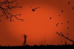 Halloween partyjna kreatywnie ilustracja z czarną sylwetką żywy trup na pomarańczowym tle kosmos kopii Gotyka styl ilustracja wektor