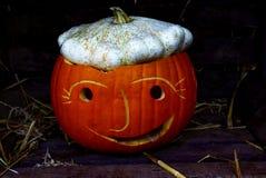 Halloween-Pompoen in de duisternisnacht stock foto's