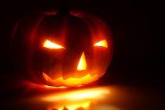 Halloween-pompoen (Jack-o'-lantern) Stock Foto
