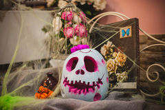 Halloween-pompoen met een vrouwelijk gezicht Royalty-vrije Stock Fotografie
