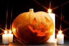 Halloween-pompoen met kaarsen Stock Afbeelding