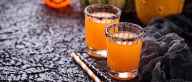 Halloween-pompoen oranje cocktails Stock Afbeeldingen