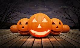 Halloween-pompoenen bij nacht het 3d teruggeven Stock Afbeelding