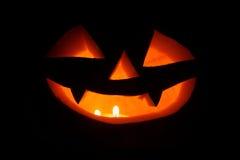 Halloween-pompoenen (hefboom-o-lantaarn). Stock Foto