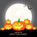 Halloween-pompoenen, maan en donker kasteel op grijze achtergrond royalty-vrije illustratie