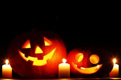 Halloween-pompoenen met kaarsen Royalty-vrije Stock Afbeelding