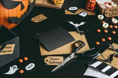 Free Halloween Preparation. Halloween Decoration Made Of Craft Paper Stock Photo - 100531400