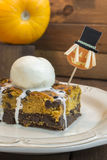 Halloween pumpkin brownie Royalty Free Stock Photos