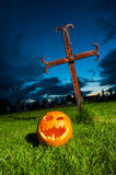 Halloween pumpkin graveyard Royalty Free Stock Photos