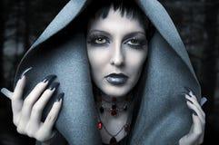Halloween. Retrato da forma da bruxa Imagem de Stock Royalty Free