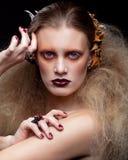 Halloween-Schönheitsfrauenmake-up Stockfotografie