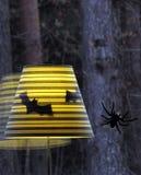 Halloween-Schläger- und -spinnendekoration Stockfotografie