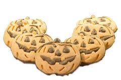 Halloween-Schokoladenplätzchen in der Form des Kürbises Lizenzfreie Stockfotos