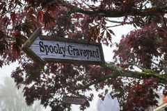 Halloween sign to a spooky graveyard Royalty Free Stock Photography