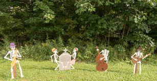 Free Halloween Skeleton Decorations Royalty Free Stock Images - 126906359