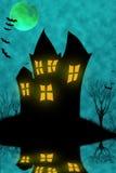 halloween spökade huset arkivfoton