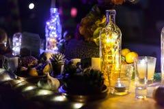 Halloween-Stillleben mit Kerzen stockfotografie