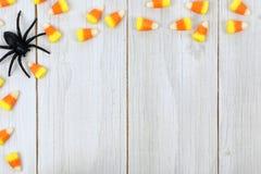Halloween-suikergoed op houten achtergrond Royalty-vrije Stock Afbeeldingen