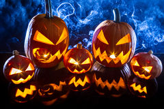 Halloween van de groep pompoenen royalty-vrije stock afbeeldingen