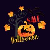 Halloween-Verkaufshintergrund mit Schlägern und Kürbisblättern Stockfotografie