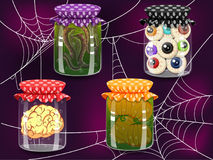 Halloween-wondermiddelflessen Royalty-vrije Stock Afbeeldingen
