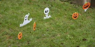 Halloweenowa dekoracja outside dom obrazy stock