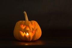 Halloweenowa dyniowa straszna latarniowa zła twarz Fotografia Royalty Free