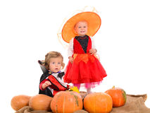 Halloweenowa scena z dziećmi zdjęcie stock