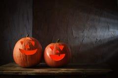 Halloweenowe banie na drewnianym stole Fotografia Stock