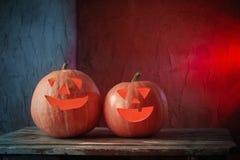 Halloweenowe banie na drewnianym stole Obrazy Stock