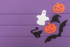 Halloweenowe sylwetki cią z papieru robić kąt rama Zdjęcie Stock