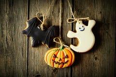 Halloweenowi domowej roboty piernikowi ciastka fotografia royalty free