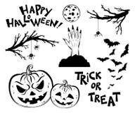 Halloweenowi przedmioty Straszne drzewo gałązki, nietoperze i dyniowi lampiony, royalty ilustracja