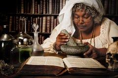 Halloweenowy alchemik Obrazy Royalty Free