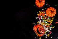 Halloweenowy cukierki tło zdjęcia royalty free