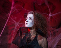 Halloweenowy pojęcie z młodą kobietą Obrazy Stock