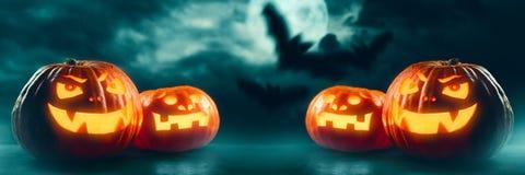 ` Halloweens Jack O Laternenkürbise Lizenzfreie Stockfotografie