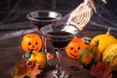 Free Halloweens Spooky Drink Black Martini Cocktail Stock Photo - 160858700