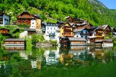 Hallstat - bello villaggio alpino di paradiso in Austria Fotografie Stock Libere da Diritti
