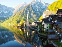 Hallstat-Dorf lizenzfreies stockbild