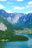 Hallstat - härlig alpin paradisby i Österrike royaltyfri foto