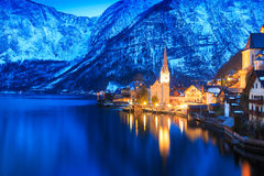 Hallstatt的美丽的湖 免版税库存图片