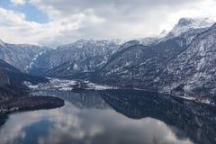 Hallstatt,奥地利湖视图  免版税库存照片