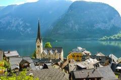 Hallstatt Österrike/by Arkivbild