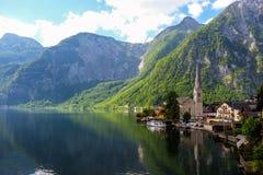 Hallstatt Österrike/by Fotografering för Bildbyråer