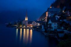 Hallstatt, Austria alla notte Fotografia Stock Libera da Diritti