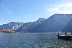 Hallstatt sjö i höst Arkivfoto