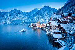 Free Hallstatt With Ship In Winter Twilight, Salzkammergut, Austria Royalty Free Stock Photography - 173853967