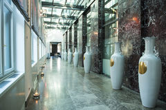 Hallway with chinese vases Royalty Free Stock Photos