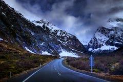 Halna droga milford dźwięka fiordland park narodowy najwięcej popu zdjęcie stock
